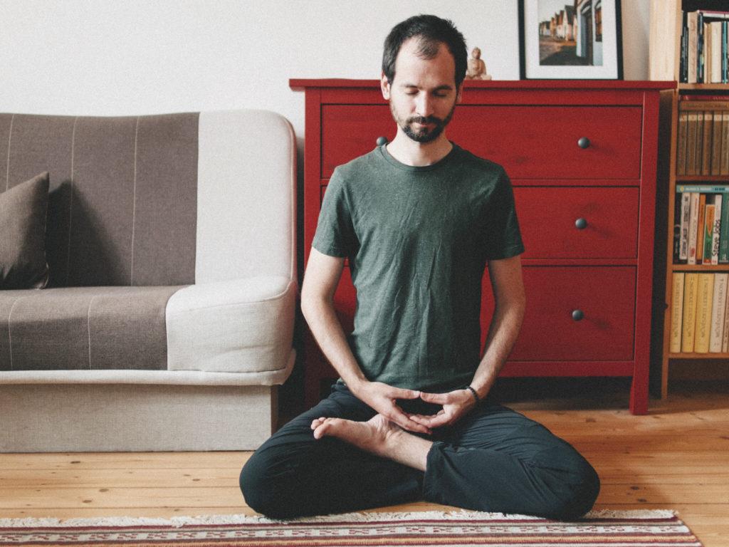 zen-zazen-mindfulness-magyarorszagon-schell-gergely-pszichologus-meditacio